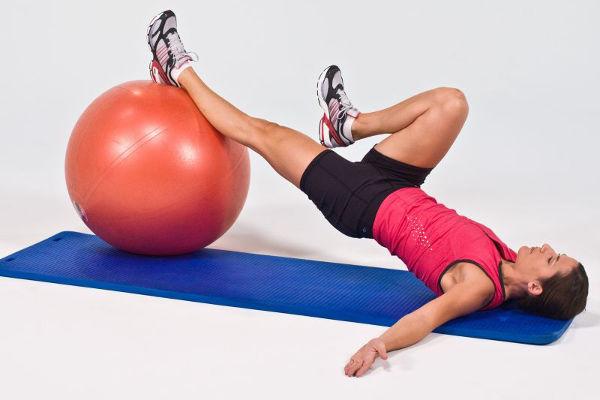 девушка упражнения для спины