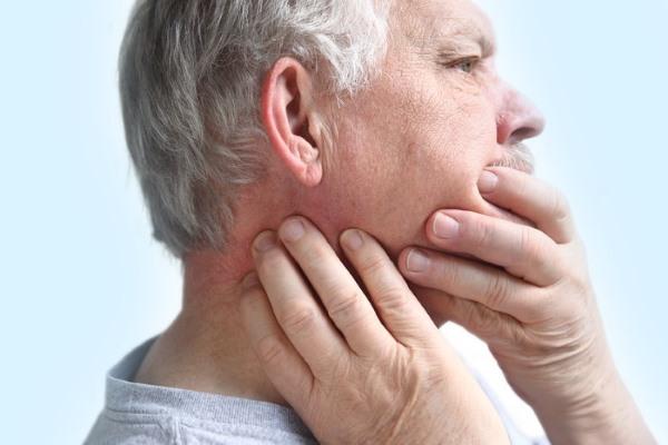Боль в челюсти