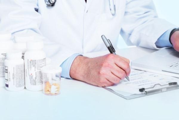 Доктор назначает лечение